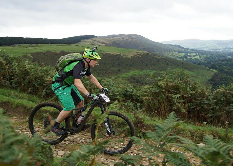 A mountain bike rider decending Jaggers Clough on the 2016 Hope Valley Mountain Bike Challenge