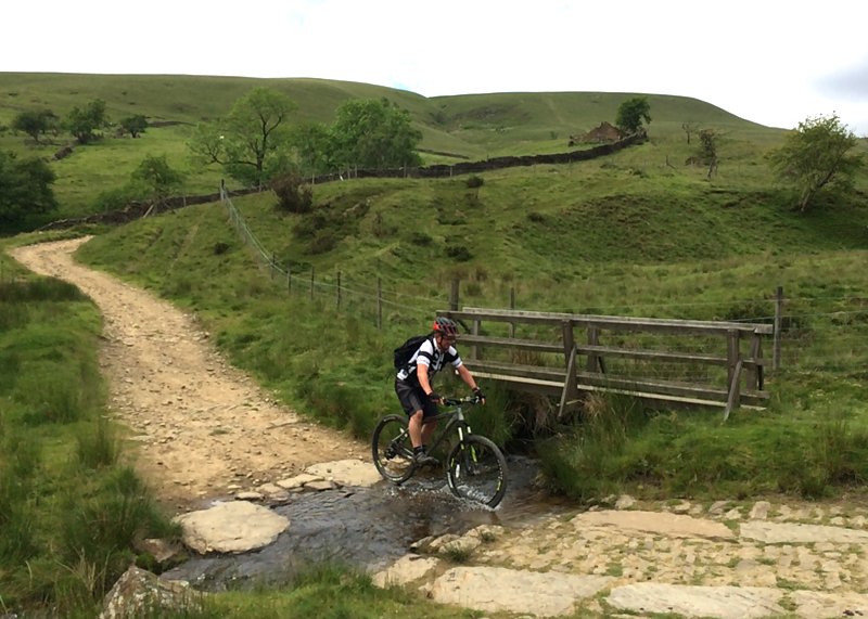 peak district mountain biking, all weather loop, all weather trail peak district, classic mtb route UK